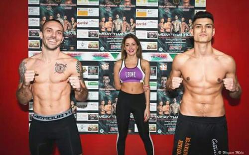 Simonelli VS Grassi match senza protezioni Muay Thai Time